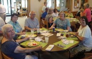 2015_Volunteer Lunch 04